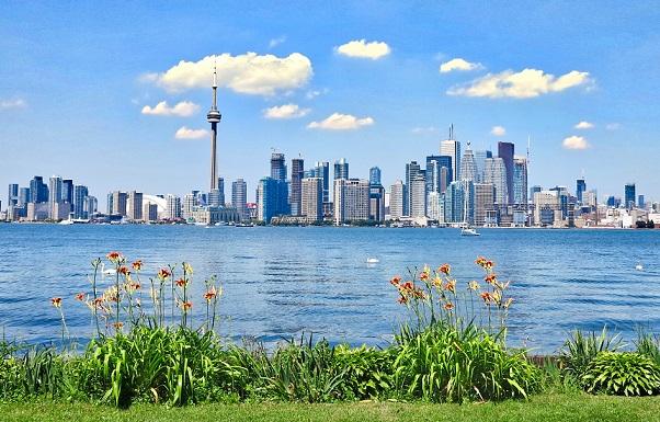 GreenOn - Toronto Skyline